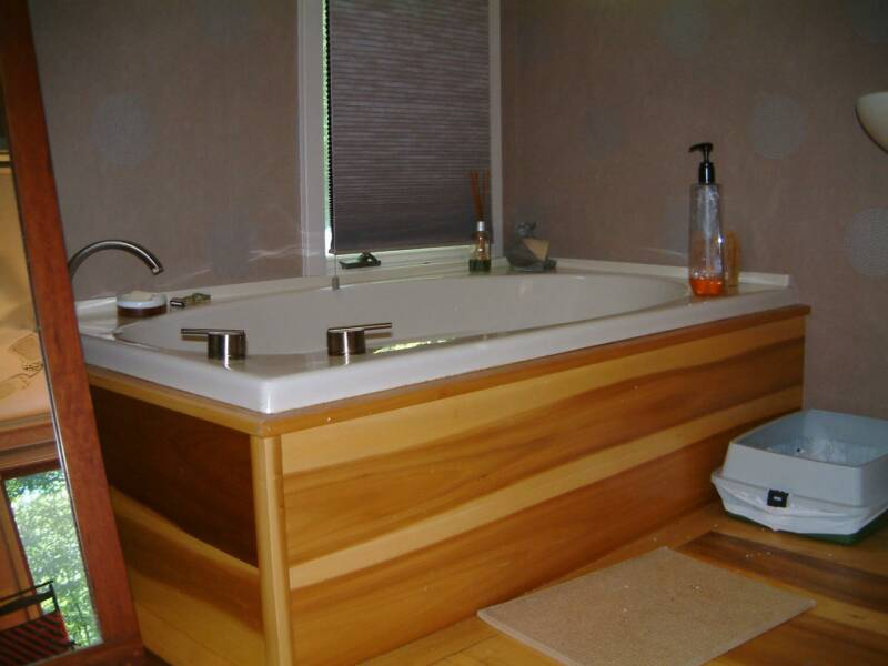 Whirlpool Tub With Wood Front Panel